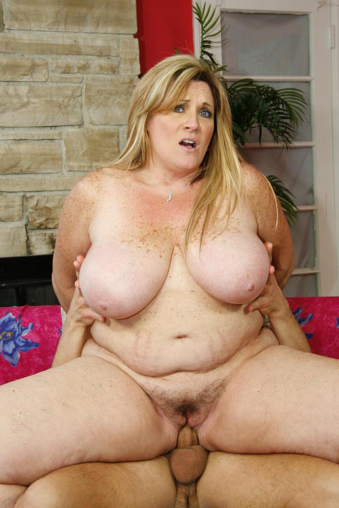 midget hot girl naked